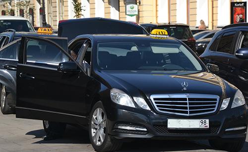 taxi-mercedes