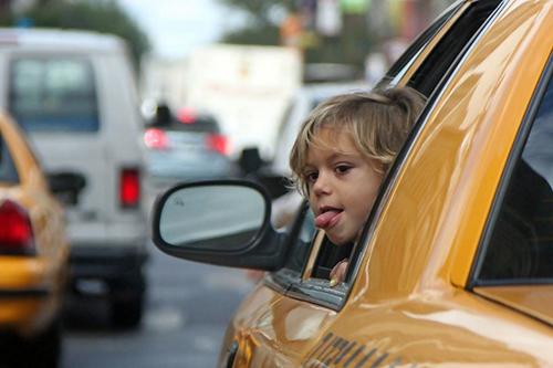 Такси для перевозки детей